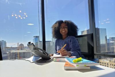 Studio Art alumna Ariel Lee