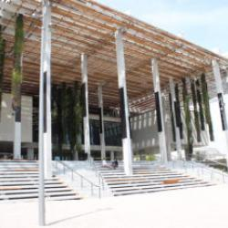 a photo of the perez art museum in miami
