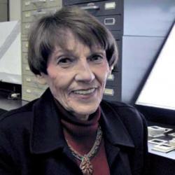 Jacqueline Barnitz