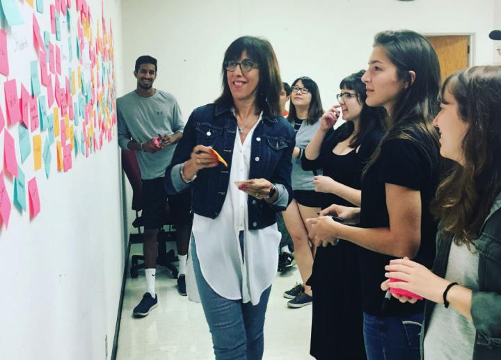 Doreen Lorenzo works with Design students in wkrm.